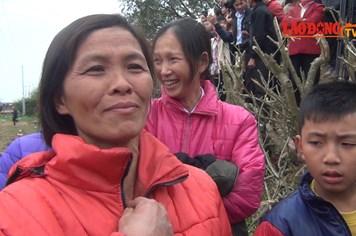 Người phụ nữ duy nhất sờ được vào quả phết Hiền Quan
