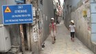 """""""Làn đường ưu tiên"""" cho trẻ em đầu tiên ở Hà Nội bị xóa, người dân nói gì?"""