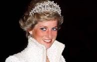 """Nóng nhất hôm nay: Tranh cãi chuyện công bố băng ghi hình """"riêng tư"""" của Công nương Diana"""