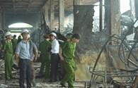 Bộ Công an khám hiện trường, vẫn còn lửa cháy ở TTTM Hải Dương