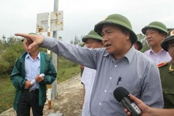 Phó Thủ tướng Nguyễn Xuân Phúc: Phải đặt tính mạng người dân lên hàng đầu