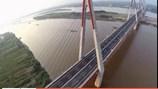 Clip tận mắt chiêm ngưỡng vẻ hoành tráng của cây cầu dây văng Nhật Tân vượt Sông Hồng