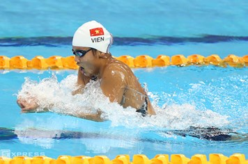Video: Hồi hộp theo dõi Ánh Viên phá kỷ lục 800 mét tự do tại SEA Games 28