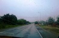 Bão số 13: Bắt đầu có mưa, gió mạnh dần lên