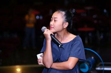 Mang thai ở tháng thứ 5, ca sĩ Đoan Trang vẫn thon gọn