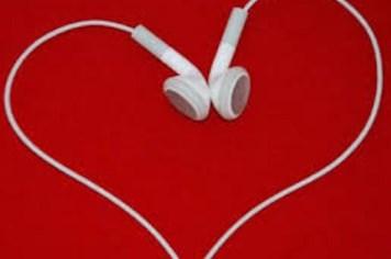 Những ca khúc tình yêu mới nhất cho Valentine 2014