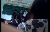 Xôn xao clip thầy giáo, học sinh đánh nhau ngay trên bục giảng