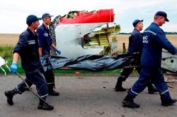 Ukraina không kiểm soát được hiện trường máy bay MH17 rơi!