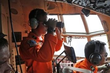 Máy bay AirAsia mất tích có thể đã nằm dưới đáy biển