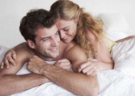 """Làm sao để chuyện """"yêu"""" sẽ khiến chàng quên đi căng thẳng?"""