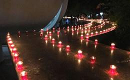 Thắp nến tưởng nhớ hơn 3.000 người dân Ba Chúc bị thảm sát