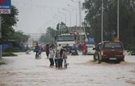 Quảng Ngãi ngập nặng từ nông thôn đến thành phố vì lũ