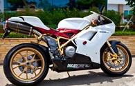 ĐỘC: Ducati 848 EVO đầu tiên trên thế giới mạ vàng 24K của tay chơi Việt