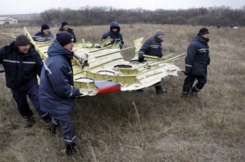 Hoàn thành việc di dời xác máy bay MH17