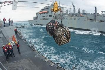 Indonesia vớt đuôi QZ8501, chưa tìm được hộp đen