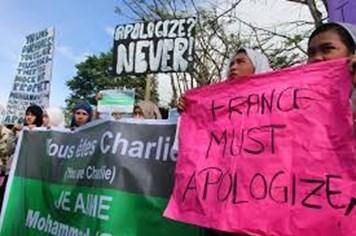 Hàng nghìn người Hồi giáo biểu tình phản đối tạp chí Charlie Hebdo