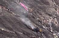 Clip: Cận cảnh xác máy bay Airbus 320 của Đức tan tành từ không trung