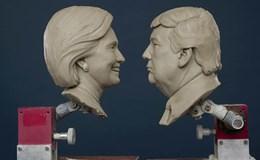 """Chiến dịch tranh cử của Trump, Clinton """"phớt lờ"""" nhu cầu căn bản của người Mỹ"""