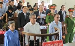 Vụ án mía đường Tây Ninh: Phiên tòa sơ thẩm lần 2 hoãn do vắng luật sư