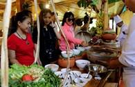 Khai hội Festival biển 2017: Về Ninh Hòa thưởng thức nem chua, bún cá