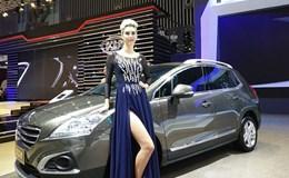"""Nhiều mẫu xe mới """"mê hoặc"""" khách thưởng lãm"""