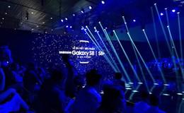 """Sự kiện Galaxy S8 tại Việt Nam: Màn hình vô cực ra mắt hoàn hảo và sự giới hạn bởi... 3 """"cục sạn"""""""