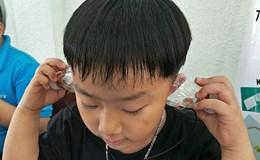 200 học sinh biến chai nhựa, nam châm, dây đồng thành tai nghe