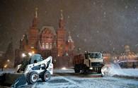 Những hình ảnh tuyết rơi dày đặc ở Moskva