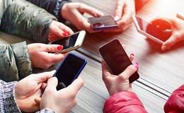 Công nghệ đang dần thống trị giới trẻ