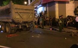 Hà Nội: Va chạm với xe tải, một người phụ nữ tử vong