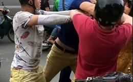 """Tạm giữ hai thanh niên đánh """"thanh niên Tây"""" chảy máu mũi"""