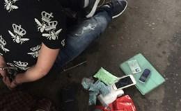 Một hành khách bị bắt tại ga Hà Nội vì giấu ma túy trong hành lý