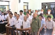 Bắt đầu xét xử 14 bị cáo liên quan sai phạm đất ở Đồng Tâm: Một luật sư đề nghị hoãn phiên tòa!