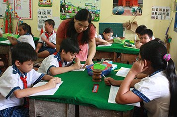Dạy học ở vùng có đông đồng bào Khmer sinh sống