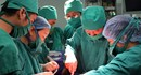 Phút ngoạn mục cứu con khi mẹ xuất huyết tiểu cầu hiếm gặp
