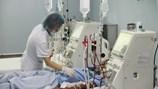 """Nước RO """"giết"""" 8 bệnh nhân chạy thận nguy hiểm thế nào?"""