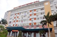 Bệnh viện cố giữ khiến bệnh nhi nguy kịch?