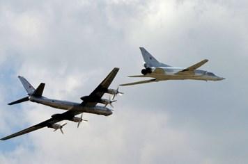 Nga triển khai máy bay ném bom chiến lược không kích IS ở Syria