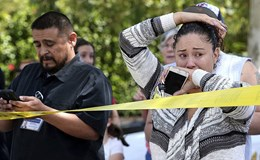 Bé 8 tuổi chết vì chồng cô giáo xông vào lớp bắn vợ