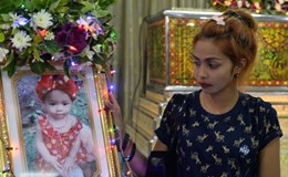 Phẫn nộ người đàn ông Thái sát hại con gái và quay hình lên FB