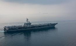 Tàu sân bay Mỹ Carl Vinson đang trong tầm tấn công của Triều Tiên