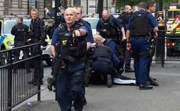 Cảnh sát khống chế nghi phạm khủng bố gần nhà Quốc hội Anh