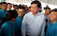 Bí thư Thành ủy TPHCM Đinh La Thăng trực tiếp thăm CN bị TNLĐ