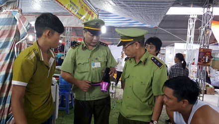 """Quảng Ninh """"cấm cửa"""" đơn vị tổ chức Hội chợ Doanh nhân trẻ do mắc nhiều sai phạm"""