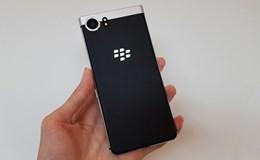 """""""Săm soi"""" BlackBerry OneKey tại Việt Nam, giá khoảng 19 triệu đồng"""