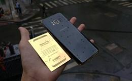 Cận cảnh Samsung Galaxy S8 phiên bản 24K Gold Edition giá 1.800 USD