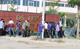 Quảng Nam: Bức xúc vì mất tiền tăng ca, công nhân phản ứng tập thể