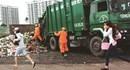 Nhếch nhác những bô rác giữa lòng thành phố