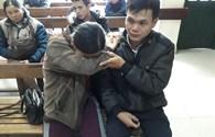 UT54: Cô bé người Dao thương bố mẹ không có tiền chữa bệnh, đòi về nhà để chết