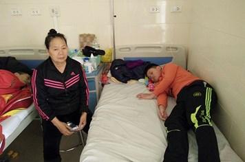 UT55: Con ung thư, mẹ tai nạn, người bà một mình gánh vác gia đình
